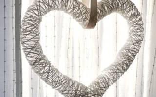 Свадебная гирлянда из цветов, бумажных сердечек своими руками