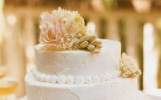 Кремовые свадебные торты: белковые, масляные, со сливками