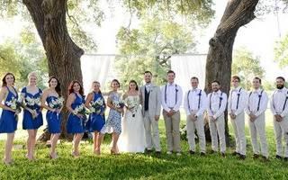 Бело-синяя свадьба — оформления зала, наряда невесты и жениха
