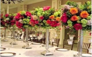 Живые цветы в декоре свадьбы — как украсить зал своими руками