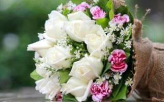 Букет на свадьбу в подарок молодоженам от родителей