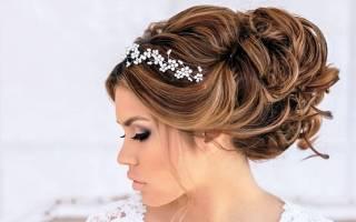 Свадебные прически с диадемой на длинные волосы