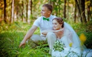 Бело-зеленая свадьба — оформление зала, образ жениха и невесты