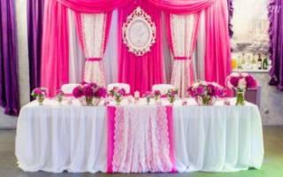 Украшение свадебного стола жениха и невесты своими руками