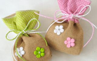 Идеи для бонбоньерок на свадьбу: из бумаги, ткани, в виде баночек
