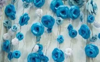 Украшение свадьбы большими цветами из изолона, бумаги